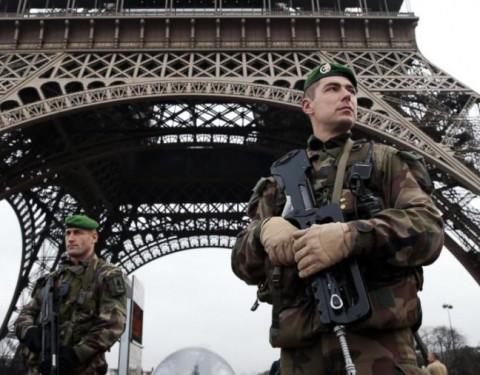 francia-kommando-eiffel
