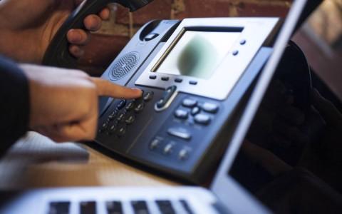 telefon-asztal