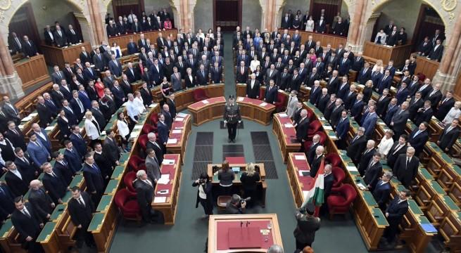 Eskütétel az Országgyűlés alakuló ülésén az Országházban 2018. május 8-án. Fotó: Kovács Tamás, MTI