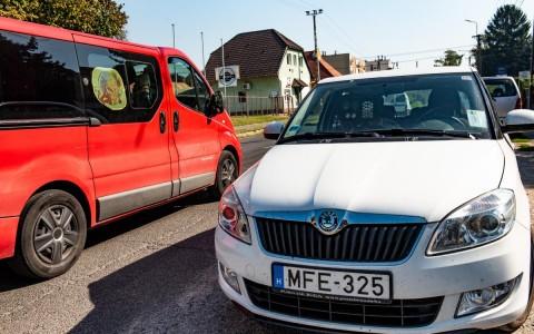 Sebességmérés Siklóson civil autóból a Harkányi úton 2018. október 6-án délelőtt.