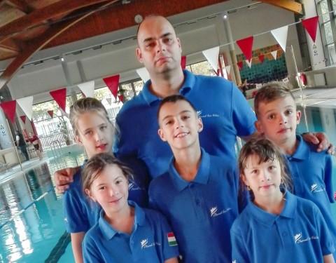 Siklósi úszók a Százhalombattán, a Matrica kupán.