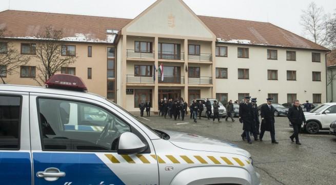 Határrendőrök munkásszállását adták át Kiskunfélegyházán. Fotó: Ujvári Sándor, MTI