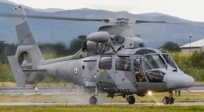 Airbus AS565 katonai helikopter.