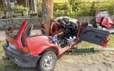 Halálos baleset Győrújfaluban. Fotó: Krizsán Csaba, MTI