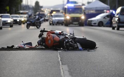 Halálos motorbaleset az Üllői úton. Fotó: Mihádák Zoltán, MTI