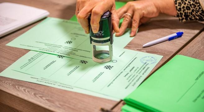 A regisztráltak minden településen választhattak nemzetiségi képviselőket is.