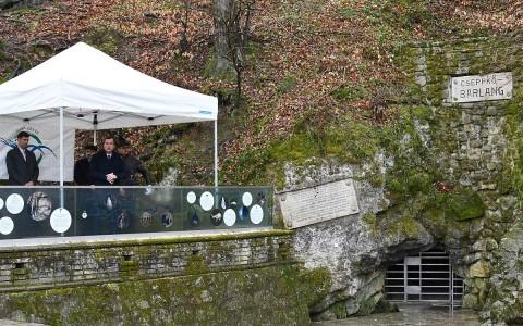 abaliget-barlang-bejarat-megnyito