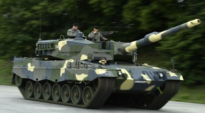 A Magyar Honvédség Leopard 2A4HU harckocsija a müncheni bemutatón. Fotó: Koszticsák Szilárd, MTI