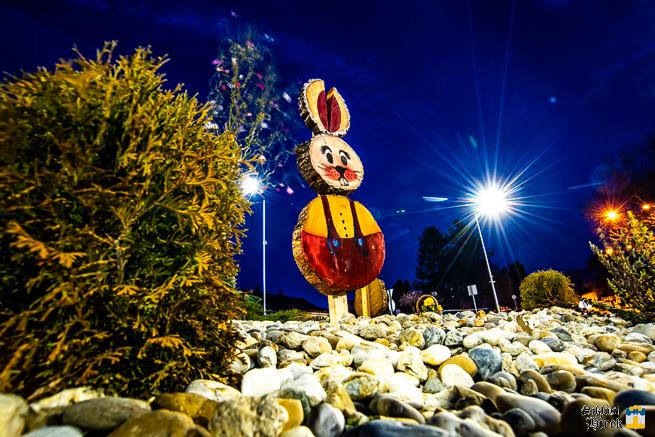 Húsvéti díszítés Siklós belvárosában