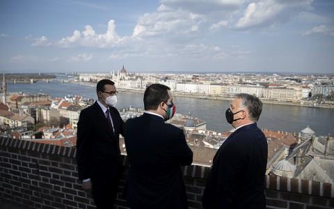 Mateusz Morawiecki,  Matteo Salvini és Orbán Viktor - fotó: Benko Vivien Cher
