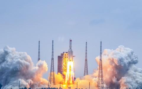 A rakéta kilövése április 29-én