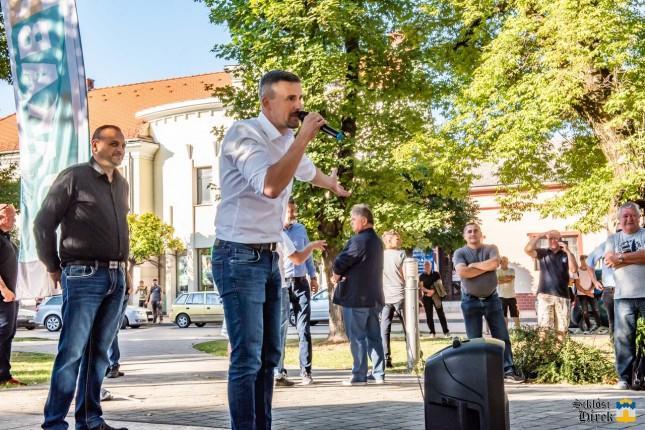 Számos rendőr, köztük a Harkányi Rendőrőrs  vezetője is részt vett a Jobbik Siklósi rendezvényén