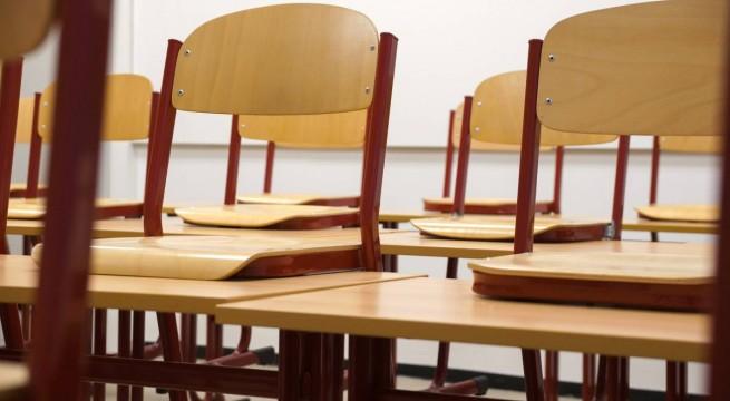 iskola-szekek-padok