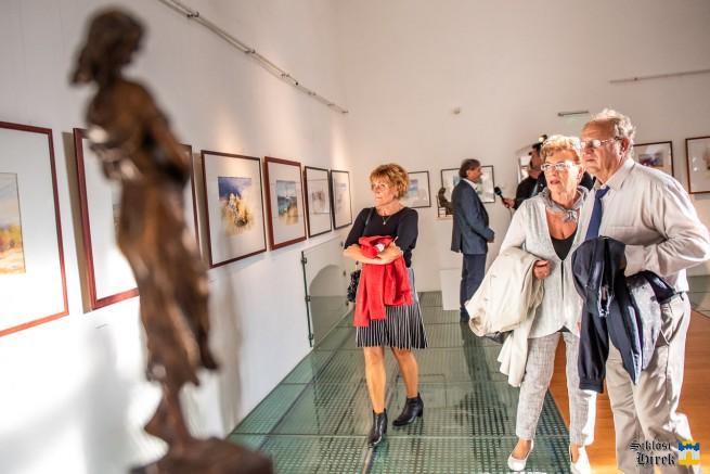 Kovács Ferenc festő- és Trischler Ferenc szobrászművész alkotásaiból 75+1 névvel nyílt kiállítás a siklós vár galériájában