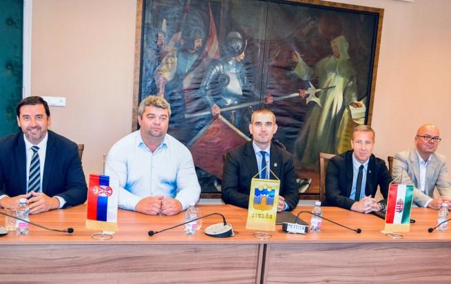 Irig delegációja Siklóson - testvérváros