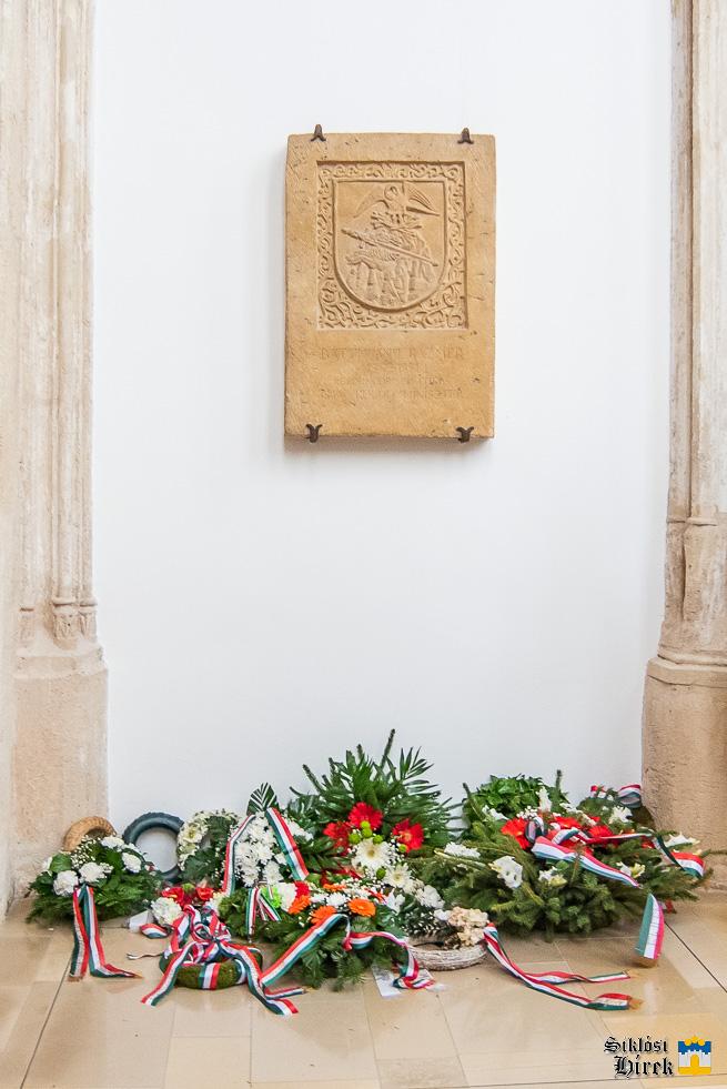 Aradi vértanúkra emlékezett Siklós - 2021 - © Siklósi Hírek