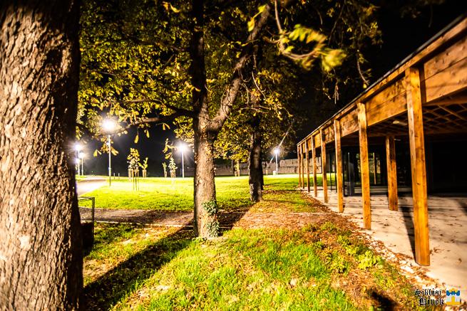 Éjszakai séta a siklósi vár kertjében - © Siklósi Hírek - fotó: Kacsúr Tamás